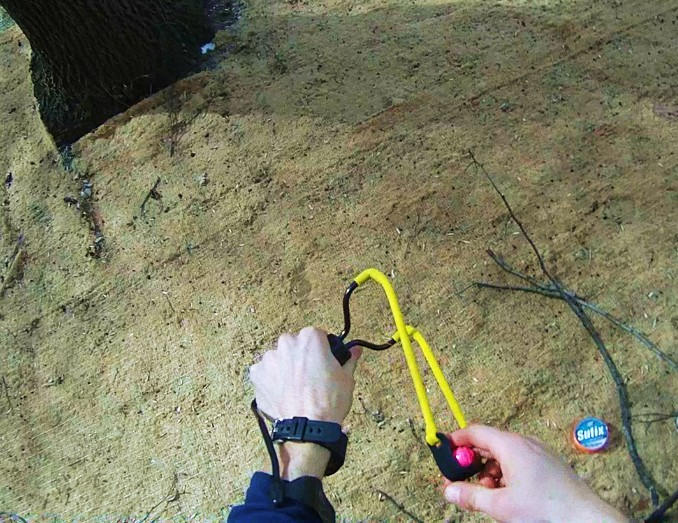 DIY – Cheap Throw Line Slingshot (vid)